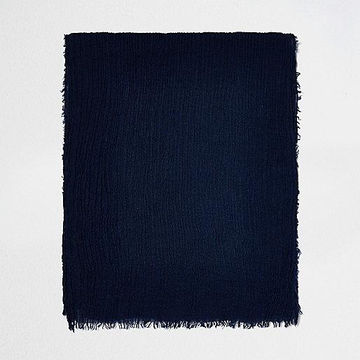 Écharpe bleu marine effet froissée