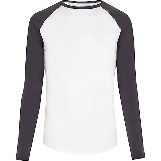 White raglan muscle fit long sleeve T-shirt