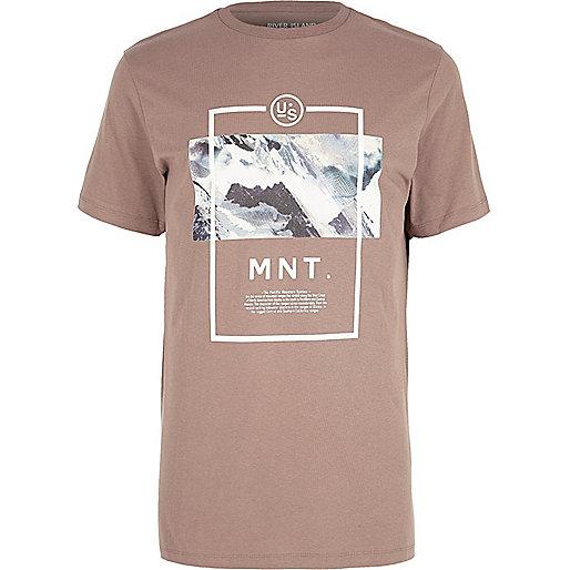 T-shirt imprimé paysage de montagne rose