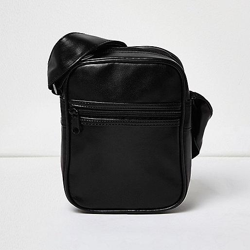 Black small shoulder bag