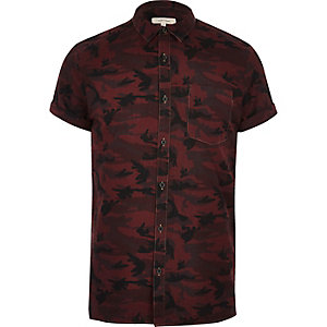 Berry camo short sleeve shirt