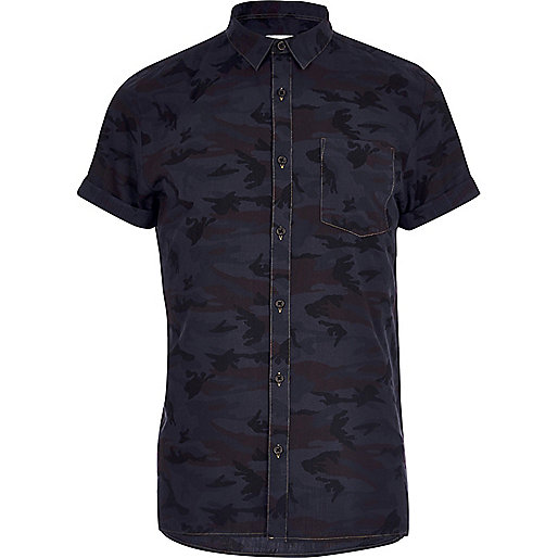Hemd mit Camouflage-Muster in Marineblau