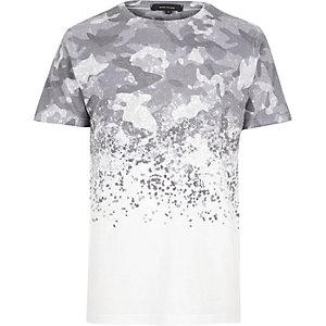 T-shirt à imprimé camouflage en dégradé blanc