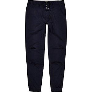 Pantalon de jogging bleu marine à fines rayures