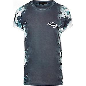 Marineblaues T-Shirt mit Camouflage-Print