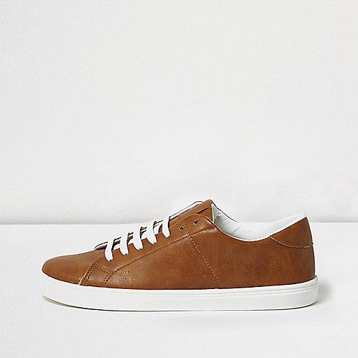 Hellbraune Sneaker zum Schnüren