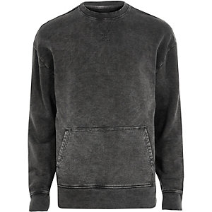Black washed pocket sweatshirt