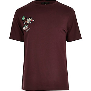 Dark red Xmas badge detail T-shirt