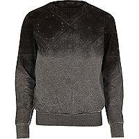 Graues Sweatshirt mit verblichenem Print
