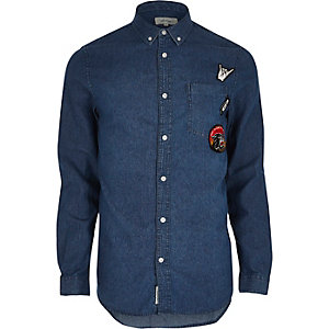 Blue wash casual badge denim shirt