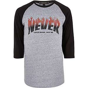 Grey 'Never Look Back' print raglan T-shirt