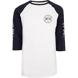 White print sleeve raglan T-shirt