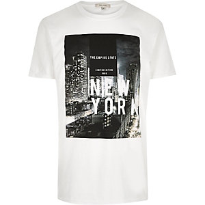 T-shirt blanc à imprimé « NYC »