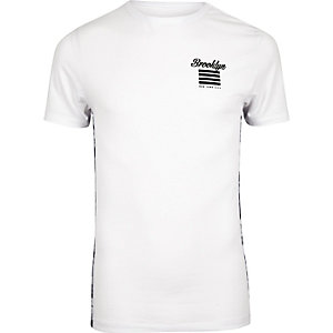 White Brooklyn print muscle fit T-shirt