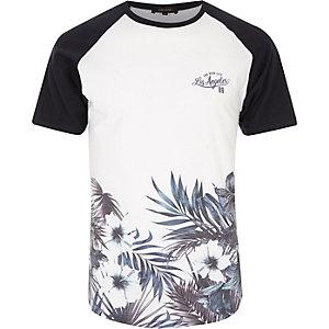 Weißes T-Shirt mit geblümtem Saum
