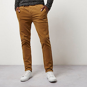 Pantalon chino skinny en velours côtelé camel