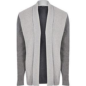 Cardigan gris contrasté en maille côtelée