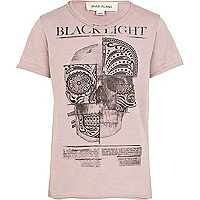 Boys purple black light skull print t-shirt