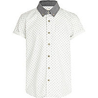 Boys white spot print shirt