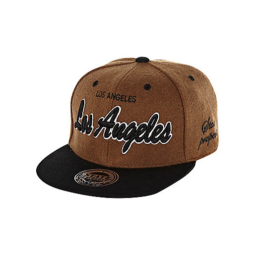 Boys brown LA warm handle trucker hat