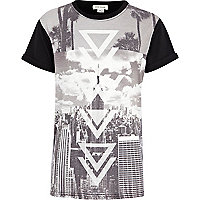 Boys white city print t-shirt
