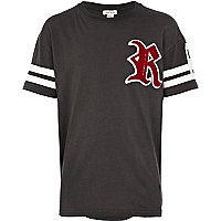 Boys black varsity R t-shirt