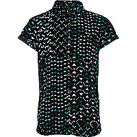 Boys green triangle print shirt