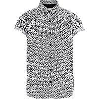 Boys white fan print shirt
