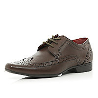 Boys brown pointed smart brogues