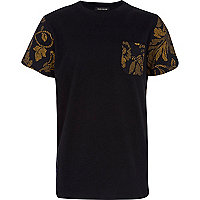 Boys black floral pocket t-shirt