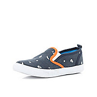 Boys navy skull print slip on plimsolls