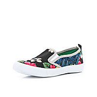Black hibiscus print slip on plimsolls