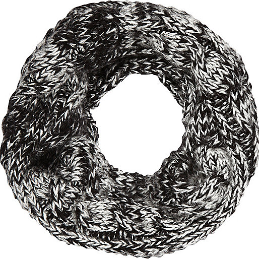 Boys grey twisted yarn snood
