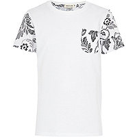 Boys white floral back t-shirt
