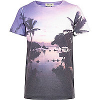 Boys purple palm tree silhouette t-shirt