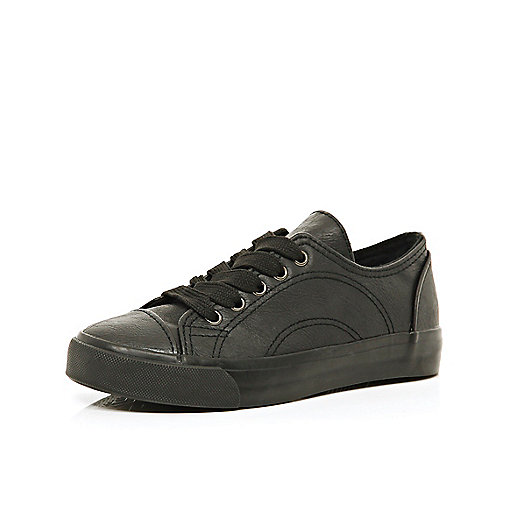 Boys black PU plimsolls