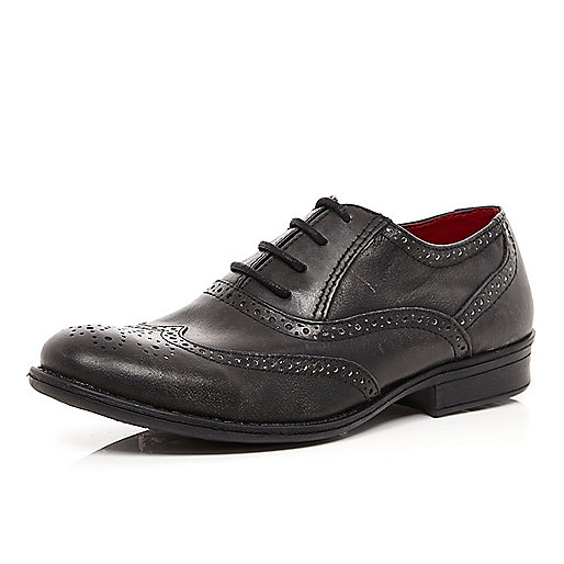 Boys black smart brogue shoe
