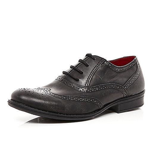 Boys black smart brogue shoe