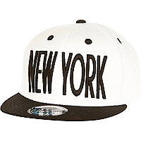 Boys white and black New York snapback hat