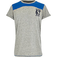 Boys grey and blue yoke block t-shirt