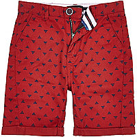Boys red triangle print shorts