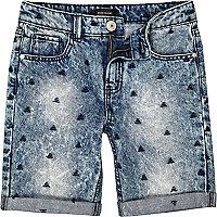 Boys medium wash triangle denim shorts
