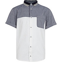 Boys white colour block shirt