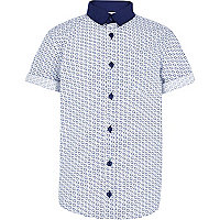 Boys blue cube print shirt