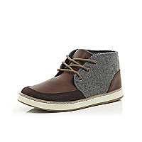 Boys brown material panel boots