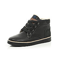 Boys black borg lined boots