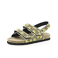 Boys brown lime star print flatbed sandals