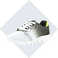 Boys grey dip dye runner trainer