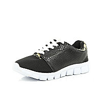 Boys black PU runner trainers