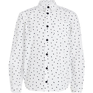 Boys white lightening bolt print shirt